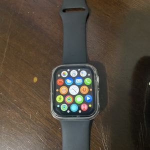 Apple I Watch Series 4, Nike 44 Mm for Sale in Grayslake, IL