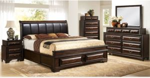 GLAMOROUS QUEEN GLORIA BEDROOM SET/BED, DRESSER, MIRROR, CHEST, AND NIGHT STAND/NO CREDIT CHECK FINANCING AVAILABLE for Sale in Tampa, FL