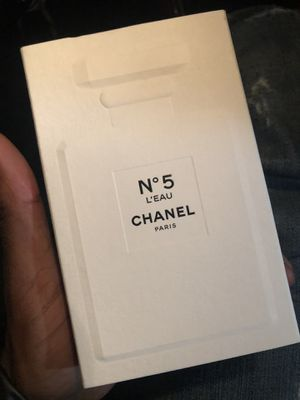 Womens N ' 5 L'EAU CHANEL Perfume for Sale in Hughesville, MD