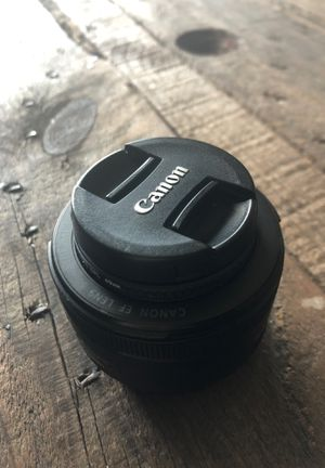 50mm Canon Lens for Sale in Wyandotte, MI