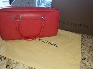 Louis Vuitton Epi Vivienne Long MM Rouge for Sale in Scottsdale, AZ