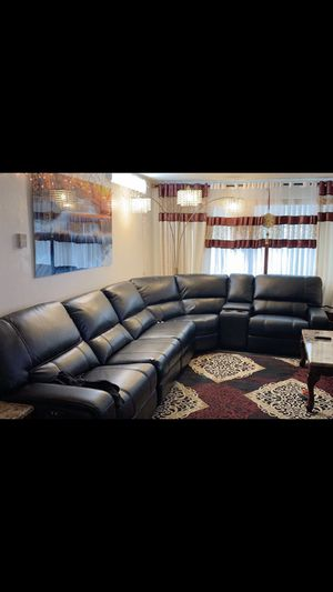Disconnect everything today new sofa Laer leather Electric for Sale in Sacramento, CA