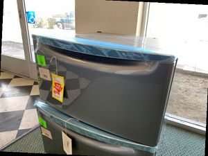 Brand New Stainless Steel Maytag pedestal HRVL for Sale in Buena Park, CA