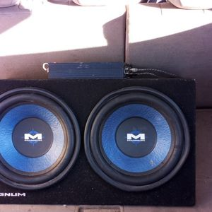 Speakers 12 Inches And Amp. for Sale in Gaithersburg, MD