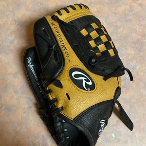 Rawlings Youth Baseball Glove Youth for Sale in Di Giorgio, CA