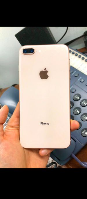 Gold iPhone 8plus unlocked 64gb for Sale in Los Angeles, CA