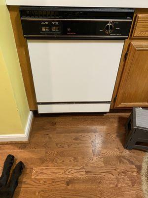 GE Dishwasher for Sale in Rockville, MD