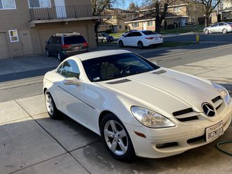 Mercedes Benz SLK-280 for Sale in Modesto,  CA