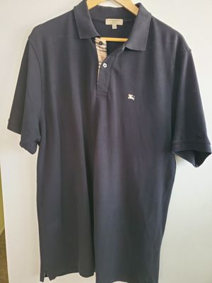Mens Black Burberry polo shirt size XL very good condition for Sale in Yorba Linda, CA