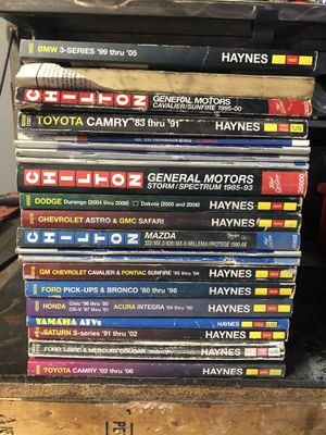 Chilton and Haynes repair manuals for Sale in Avondale, AZ