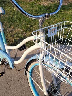 BEACH CRUISER 26. VERY CLEAN .ORIGINAL CONDITION...AVAILABLE for Sale in Santa Ana,  CA