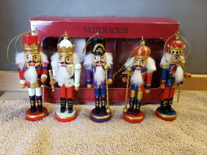 5 Christmas Ornaments 5 Wood Wooden Nutcrackers Kings Working Condition for Sale in Willow Spring, NC