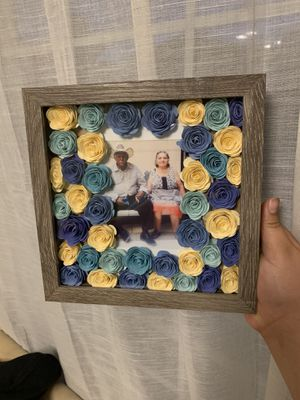 Floral shadow box 🌸 for Sale in Sudley Springs, VA
