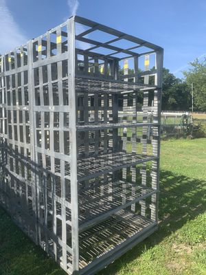 Ss 4-8 heavy duty rack w wheel 4 unit available 135 each for Sale in Staten Island, NY