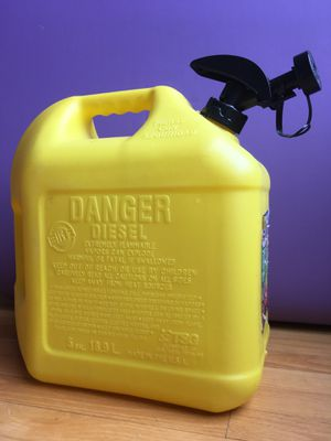 5 gallons diesel tank. for Sale in Glenview, IL