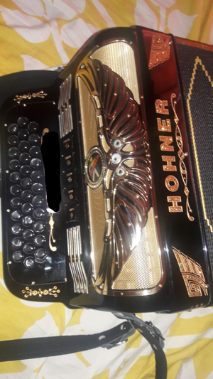 Accordion Rey Aguila Key Fa for Sale in Sioux City, IA