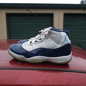 Nike Air Jordan 11 Retro Mid for Sale in Temple, GA