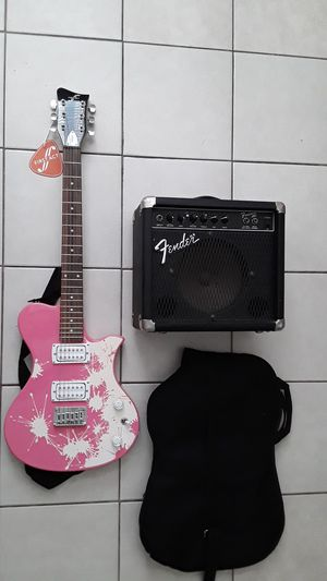 Electric Guitar Pink with Fender Frontman and gig bag for Sale in Long Beach, CA