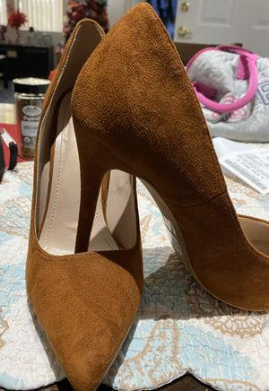 Beautiful high heels. used only once. Size 9 for Sale in Las Vegas, NV