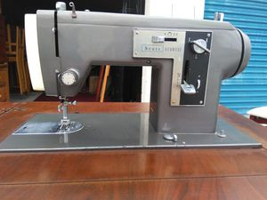 Sears Kenmore sewing machine mod 1120 for Sale in Kissimmee, FL