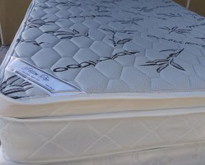 Pillow top mattress and box spring Queen set $225 full set $210 brand new free delivery same day for Sale in Miami, FL