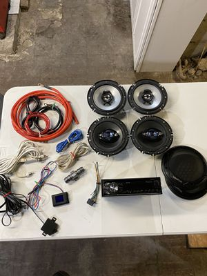 Car stereo speakers and amp kit for Sale in East Providence, RI