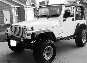 Clean_2000 Jeep Wrangler FWD 4.0L$10OO for Sale in Seattle, WA