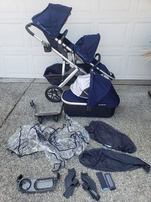2017 Uppababy vista in Taylor blue for Sale in Everett, WA