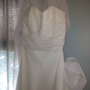 Marissa Wedding Gown for Sale in Holbrook, MA
