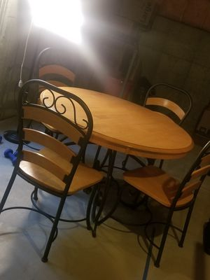 Kitchen table & 4 chairs for Sale in Brighton, CO