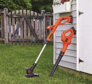Brand New Lawn Trimmer and Leaf Blower Combo for Sale in Indianapolis, IN