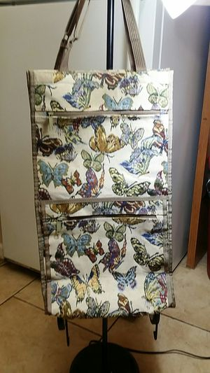 Jade butterfly suitcase with Wheels. Never been used it is 100% brand new. for Sale in New Castle, IN