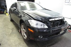 2008 Mercedes S550 PARTS / PART OUT W221 for Sale in Portland, OR
