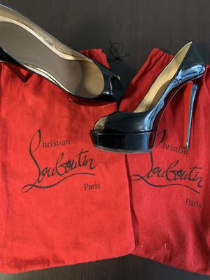 Louboutin heels size 39 or 8.5 US. for Sale in Waterloo, NY