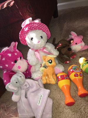 Stuffed animals and maraca toys for Sale in Hiram, GA