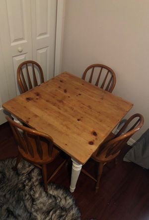 Pottery Barn Kids kids table and four chairs for Sale in Ocoee, FL