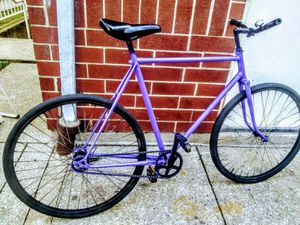 Men's 27 in purple hipster single speed with coaster brake/Bluetooth for Sale in Chicago, IL