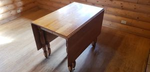 Maple Gate Leg Dining Room Table for Sale in Leavenworth, WA