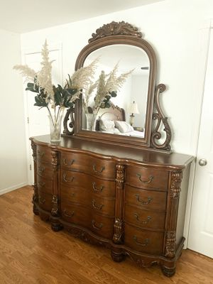 Bedroom set for Sale in West Richland, WA