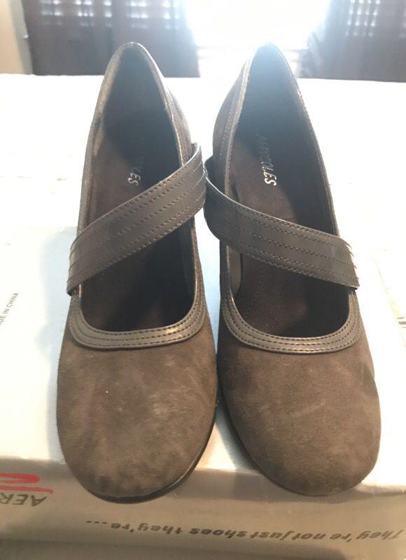 Grey suey hills 3' size 9