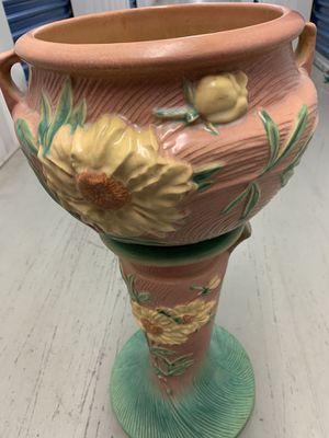 Peony Pink Roseville Pottery Pedestal for Sale in West Haven, CT