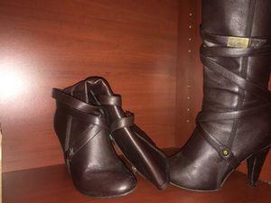 Brown woman boots size 7 for Sale in Phoenix, AZ