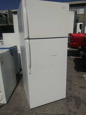 Whirlpool Top Bottom Freezer Apartment Size for Sale in Santa Ana, CA