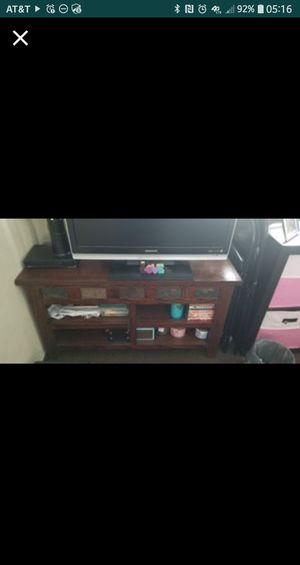 TV stand table for Sale in Belleville, IL