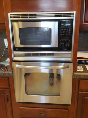 GE oven microwave combo for Sale in Knoxville, TN