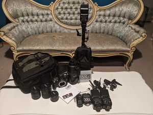 Nikon D90 + lenses, speedlights and more! for Sale in Bremerton, WA