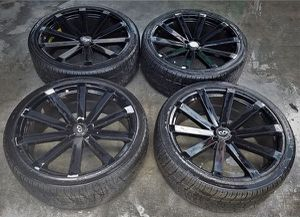 """INFINITI FX35 EX35 22"""" INCH WHEELS RIMS WITH TIRES SUV for Sale in Fort Lauderdale, FL"""