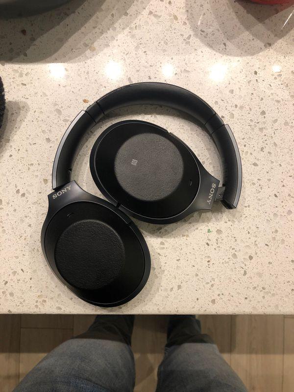 Sony Premium Noise Cancelling, Bluetooth Headphones Black (MDR1000X/B)