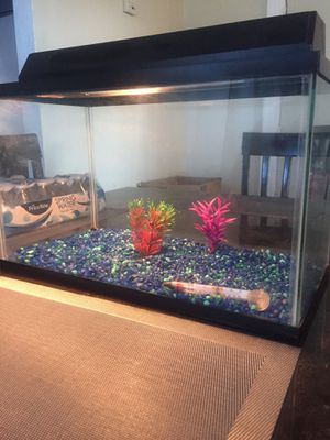 Fish tank for Sale in Saddle Brook, NJ