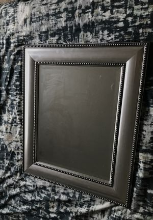 "Silver Decorative Wall Mirror 22 1/2"" x 26 1/2"" for Sale in Orlando, FL"